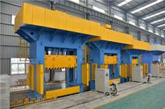 1000吨框架式液压机